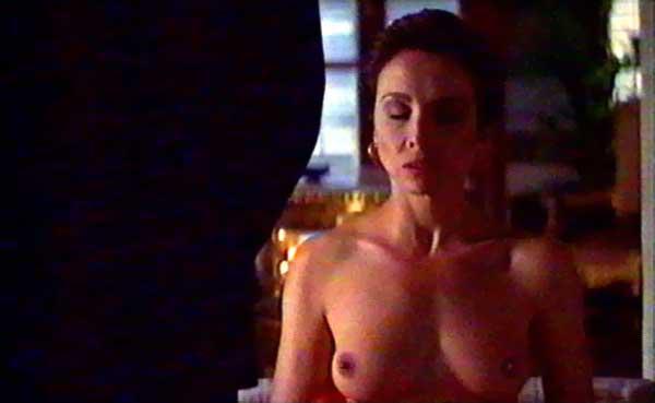 Ana Belén desnuda