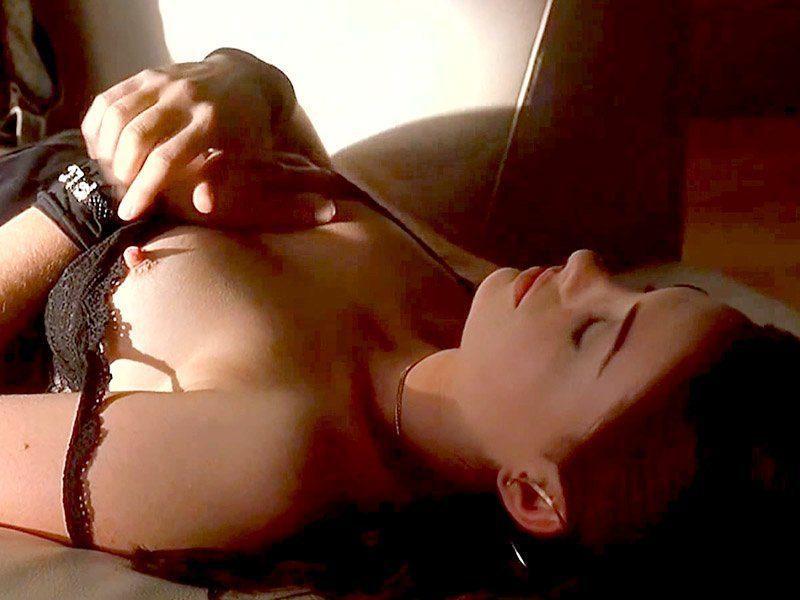 Miranda Kerr desnuda