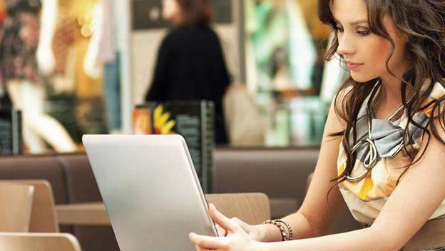 Ligar por internet con chicas