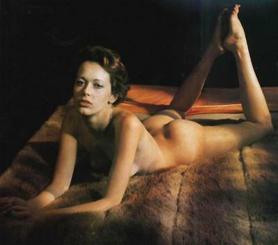 Sylvia Kristel desnuda