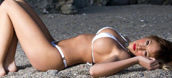 Steisy se desnuda en Interviú