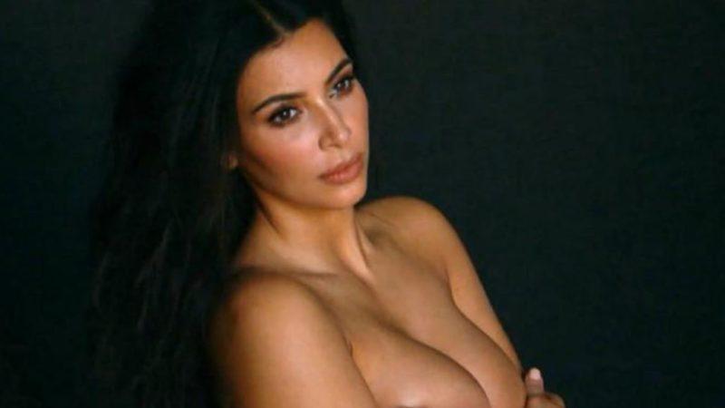 Kim Kardashian vuelve a aparecer desnuda