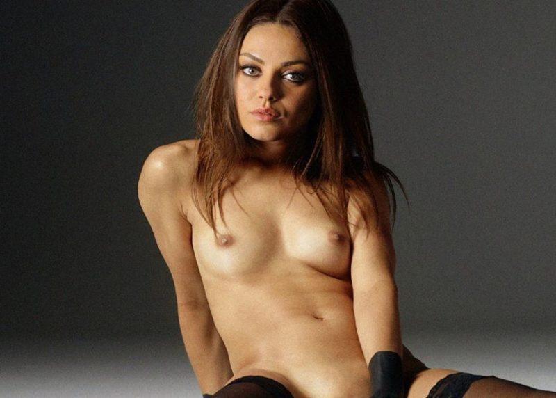 Mila Kunis desnuda