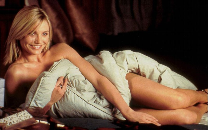 Cameron Diaz desnuda y sexy