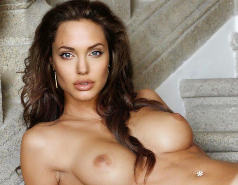 Angelina Jolie desnuda