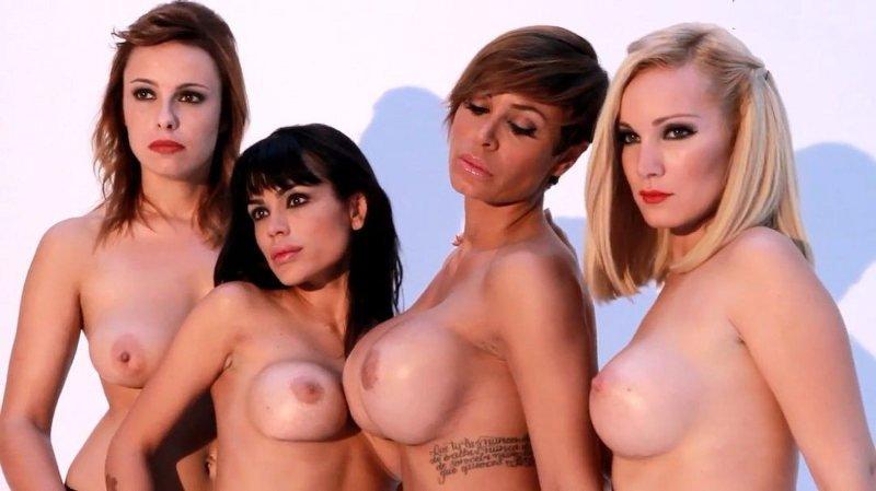Belén Roca y más chicas desnudas