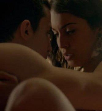 Sexo entreentre Morey y Fátima en El príncipe