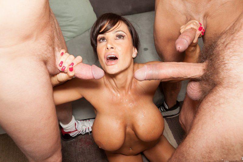 La Milf Lisa Ann con 10 vergas y quiere más