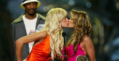 Paris Hilton y Carmen Electra