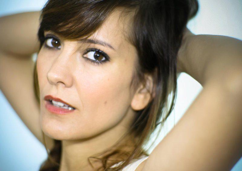 Miriam Cabeza desnuda