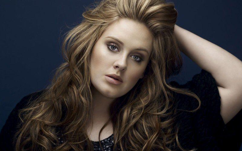 Adele sexy
