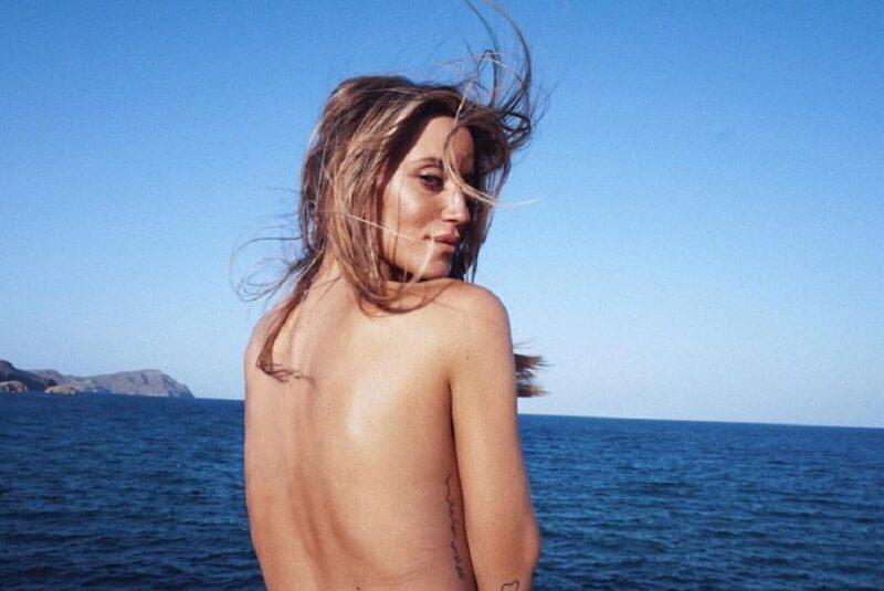 Fani Carbajo desnuda