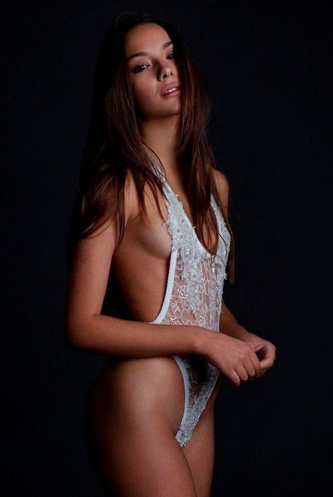 Katerina Safarova desnuda