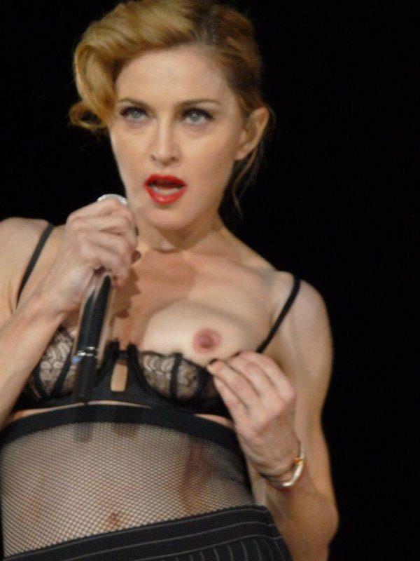 Madonna pecho