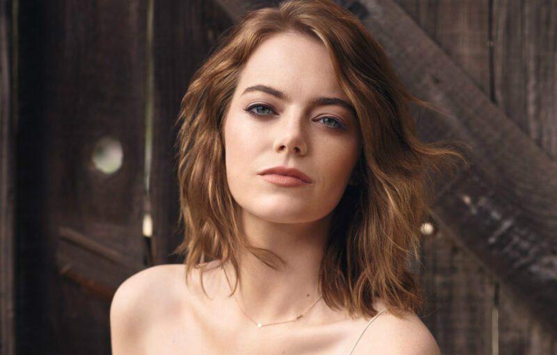Emma Stone desnuda