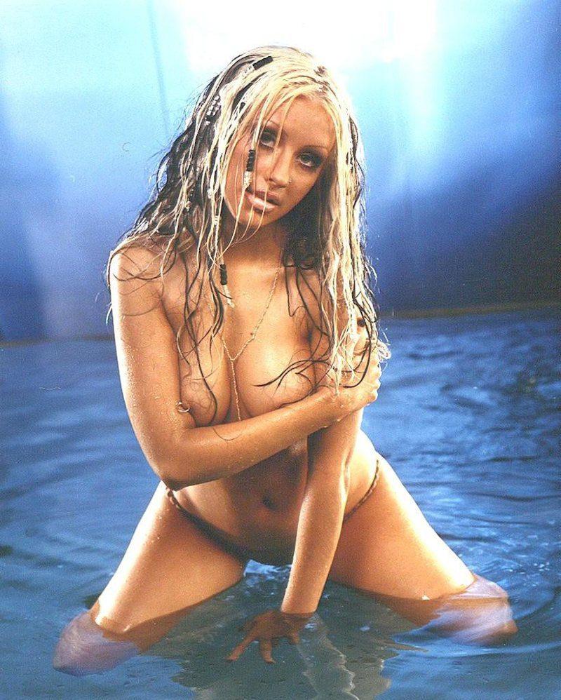 Christina Aguilera desnuda