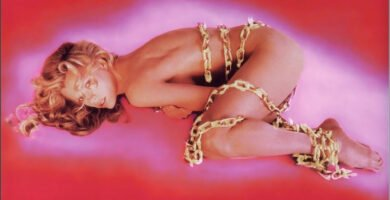 Kim Basinger desnuda