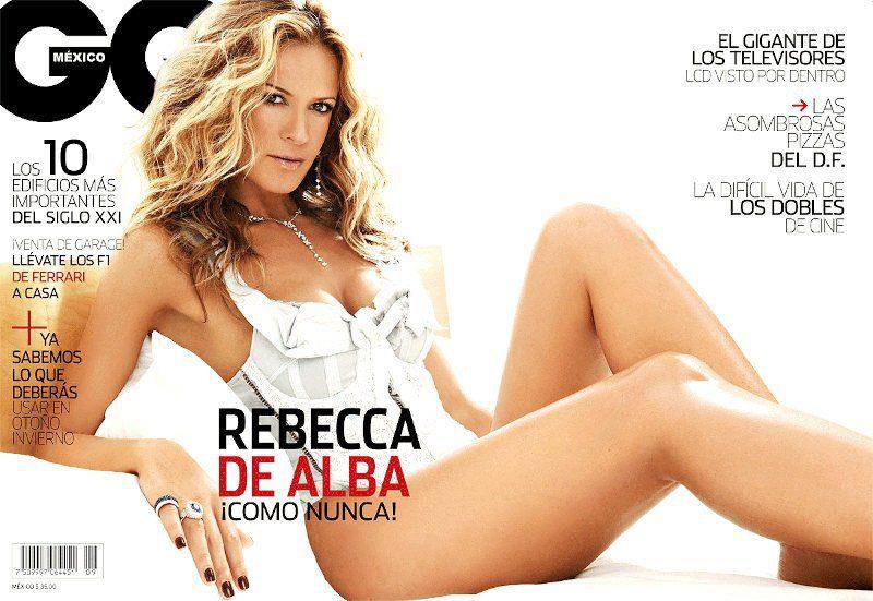 Rebeca de Alba desnuda