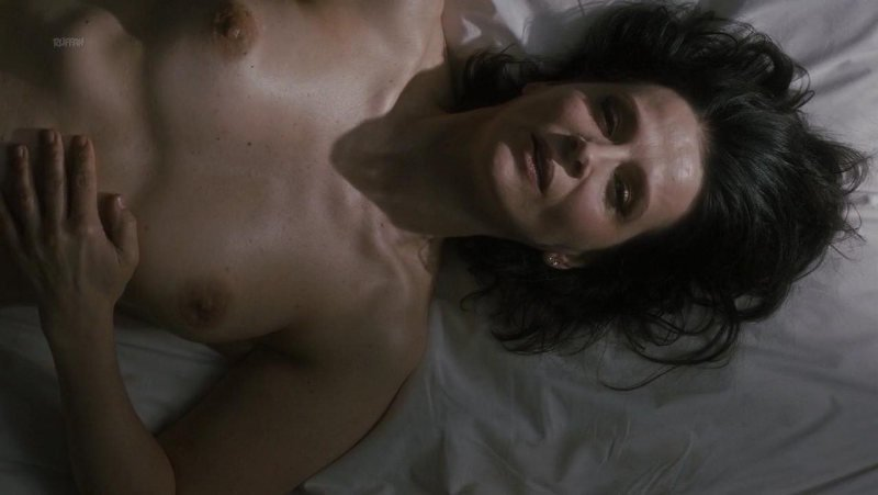 Juliette Binoche desnuda