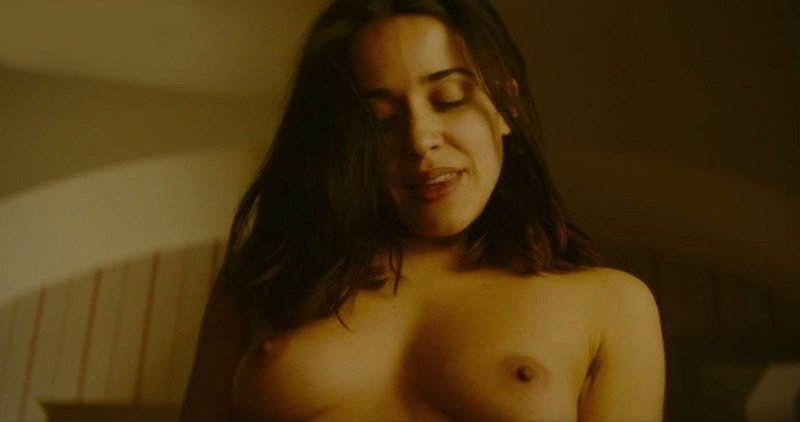 Macarena García desnuda