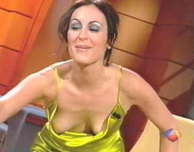 Ana Milán desnuda